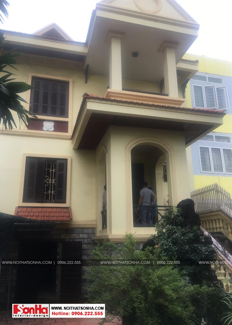 Kiến trúc ngôi biệt thự 2 tầng tân cổ điển tại Hải Phòng của gia đình chị Hằng