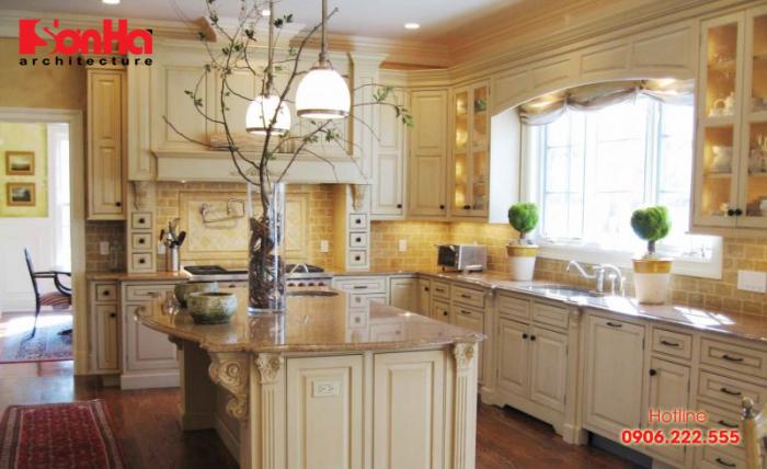 Đảo bếp cổ điển kết hợp tủ bếp làm đẹp thêm nội thất nhà bếp biệt thự xa hoa