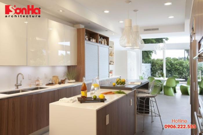 Không gian bếp ăn đẹp và ấm cúng cho nội thất nhà ống tiện nghi