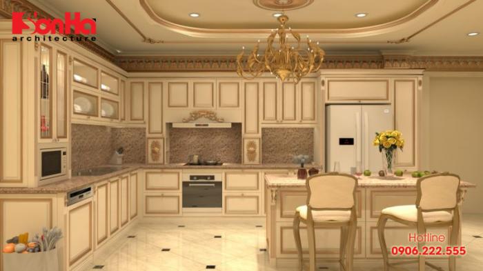 Thiết kế nội thất bếp ăn cổ điển sang trọng với tủ bếp kết hợp quầy bar