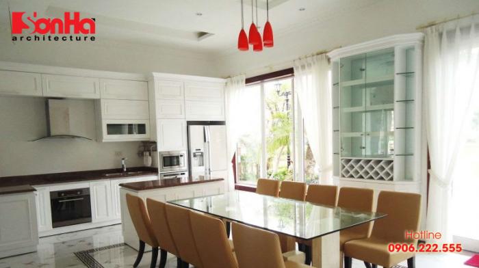 Thiết kế phòng bếp ăn nhà ống phong cách hiện đại sang trọng