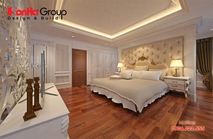 Không gian phòng ngủ tân cổ điển sử dụng sàn gỗ làm tăng sự ấm cúng