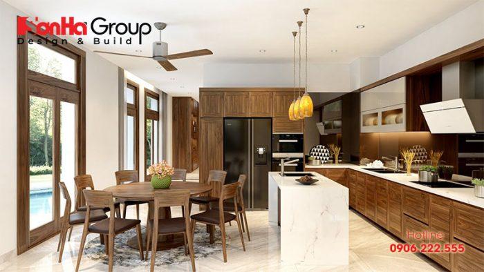 Thiết kế nội thất phòng bếp đẹp với tủ bếp làm từ gỗ hướng phong thủy