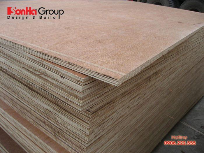 Gỗ dán Plywood được cấu tạo từ nhiều lớp gỗ mỏng có độ dày ~1mm