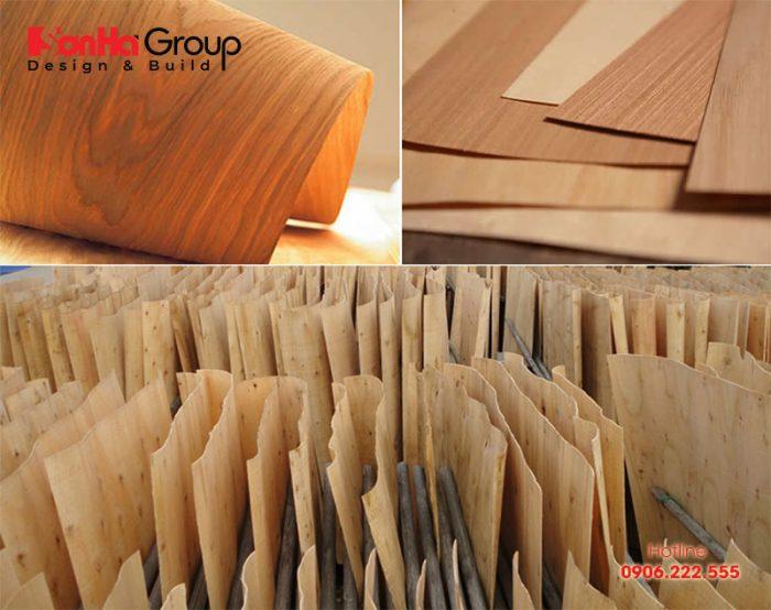 Gỗ veneer được cấu tạo từ gỗ tự nhiên được bóc thành lớp mỏng dày từ 0,3 – 1mm