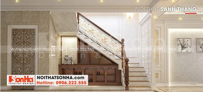 Sảnh thang ngôi nhà được các kiến trúc sư Sơn Hà thiết kế đẹp dựa trên nguyện vọng của chị Hương và gia đình