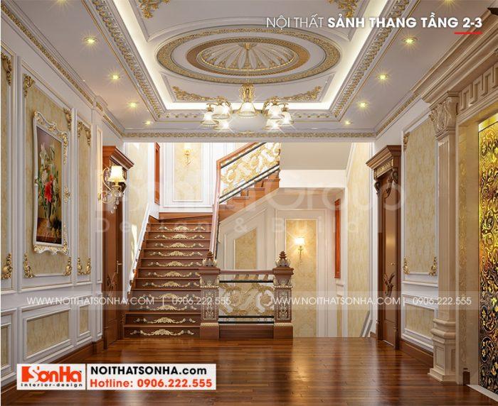 Sảnh thang tầng 2,3 của ngôi biệt thự cũng được đầu tư thiết kế tỉ mỉ không kém