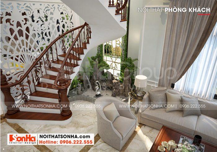 Sảnh thang tầng 1 với thiết kế tiểu cảnh nhỏ xinh theo đúng nguyện vọng của gia chủ