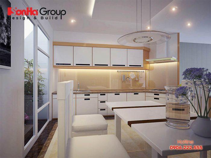 Căn bếp ăn kiểu hiện đại với ý tưởng thiết kế nội thất đơn giản, tận dụng nguồn ánh sáng tự nhiên