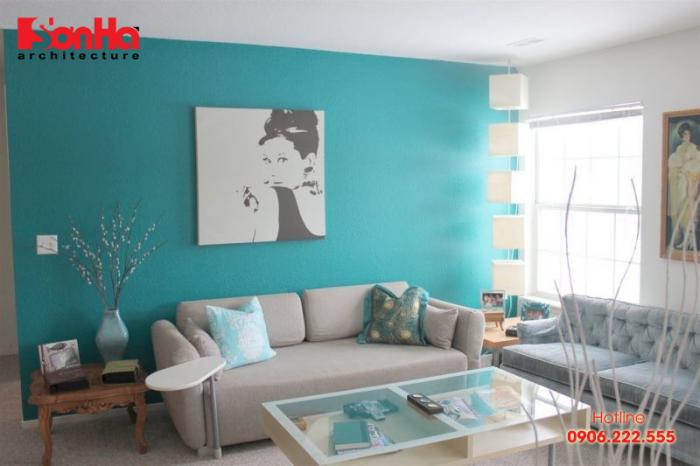 Sơn nội thất phòng khách đẹp với màu xanh lam dịu mắt và bình yên