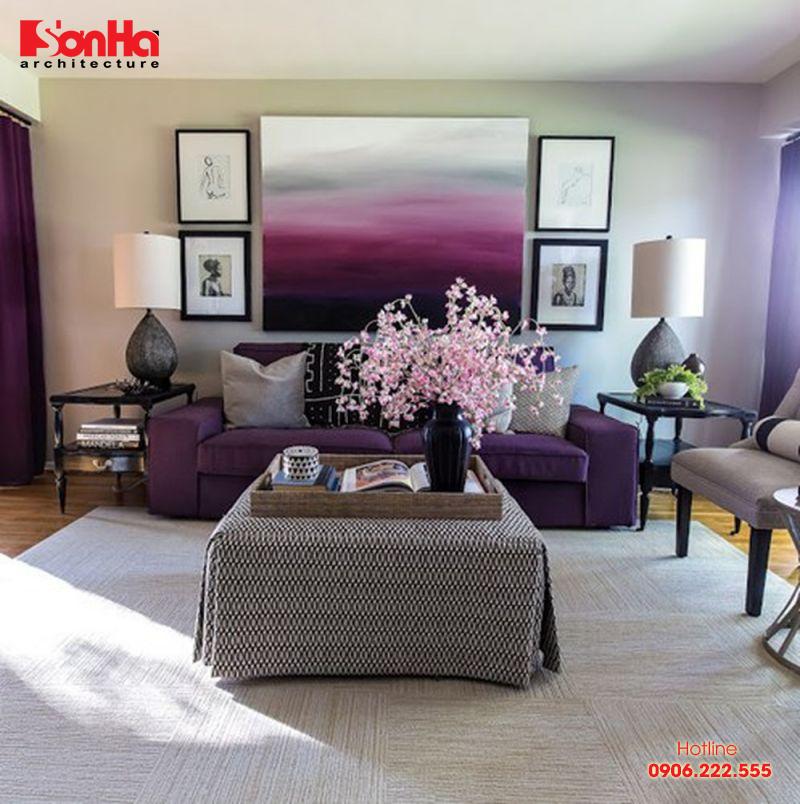 Trang trí nội thất phòng khách với màu tím cho gia chủ tuổi Bính Thân