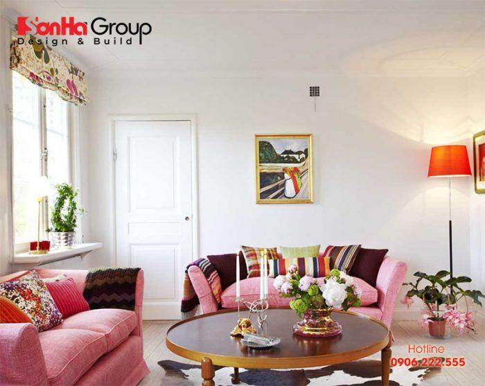 Gam màu hồng điểm nhẹ cho mẫu phòng khách đẹp phong cách Vintage