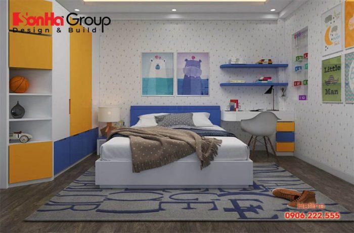 Trang trí phòng ngủ bé trai với tranh ảnh động vật kích thích sự tò mò của trẻ